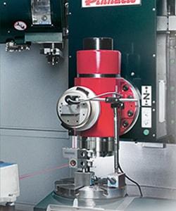 Centro de Mecanizado de 5 Ejes Pinnacle BX700A