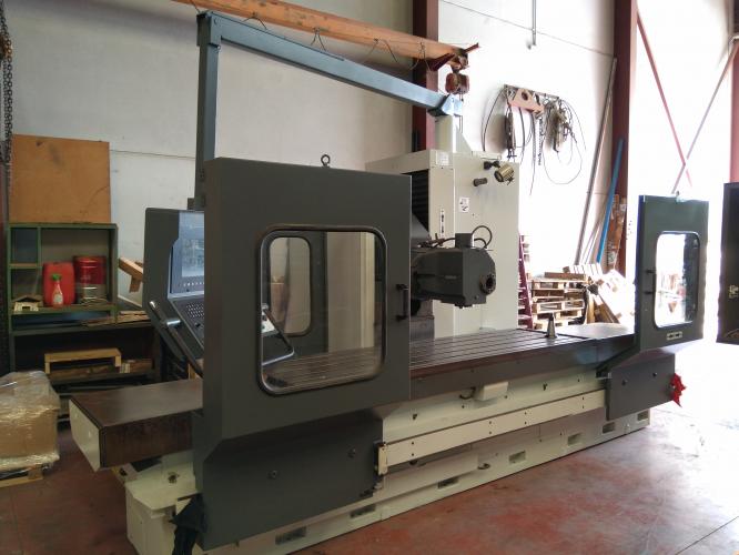 BED TYPE MILLING MACHINE CORREA CF22/25