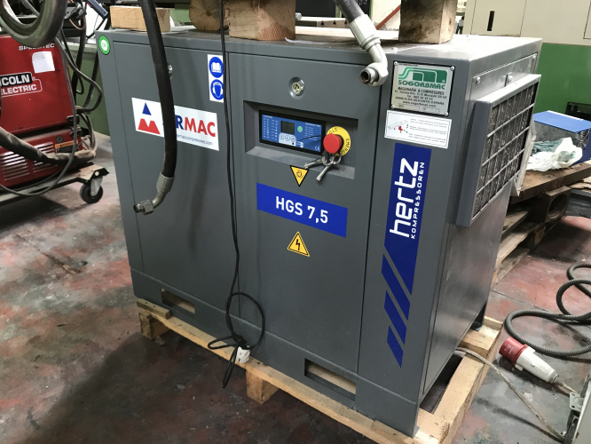 COMPRESSOR WITH DRYER HERTZ HGS 7.5