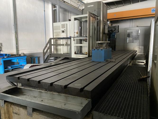 CNC MILLING MACHINE CORREA AXIA 70