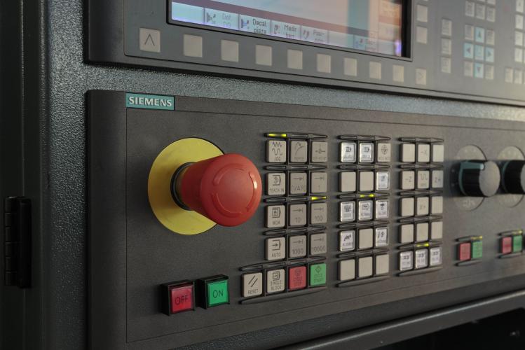 Control torno de bancada paralela Vurcon PL-50
